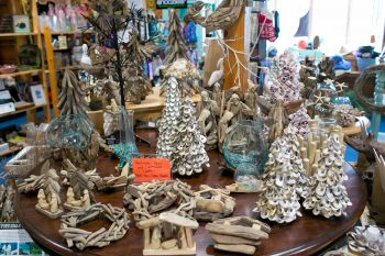 Fisherman's Daughter Hatteras Boutique, Handmade Shell and Driftwood Crafts